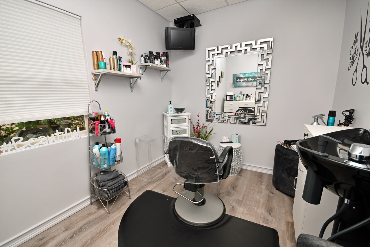 Salon Suite for Rent
